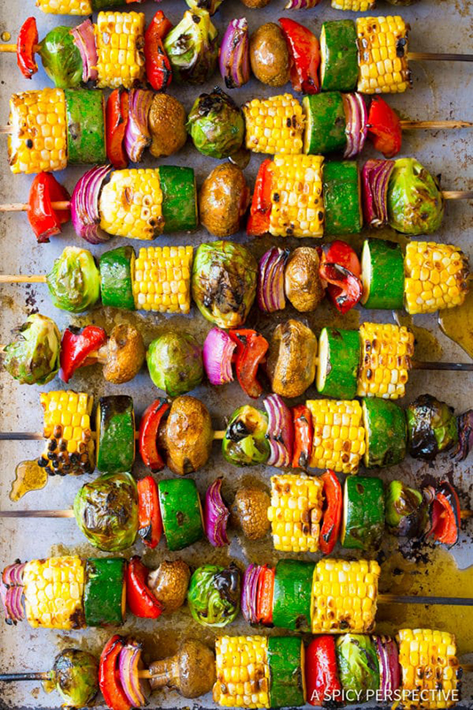 20 Healthy Tailgating Recipes that Score l grilled fajita vegetable skewers