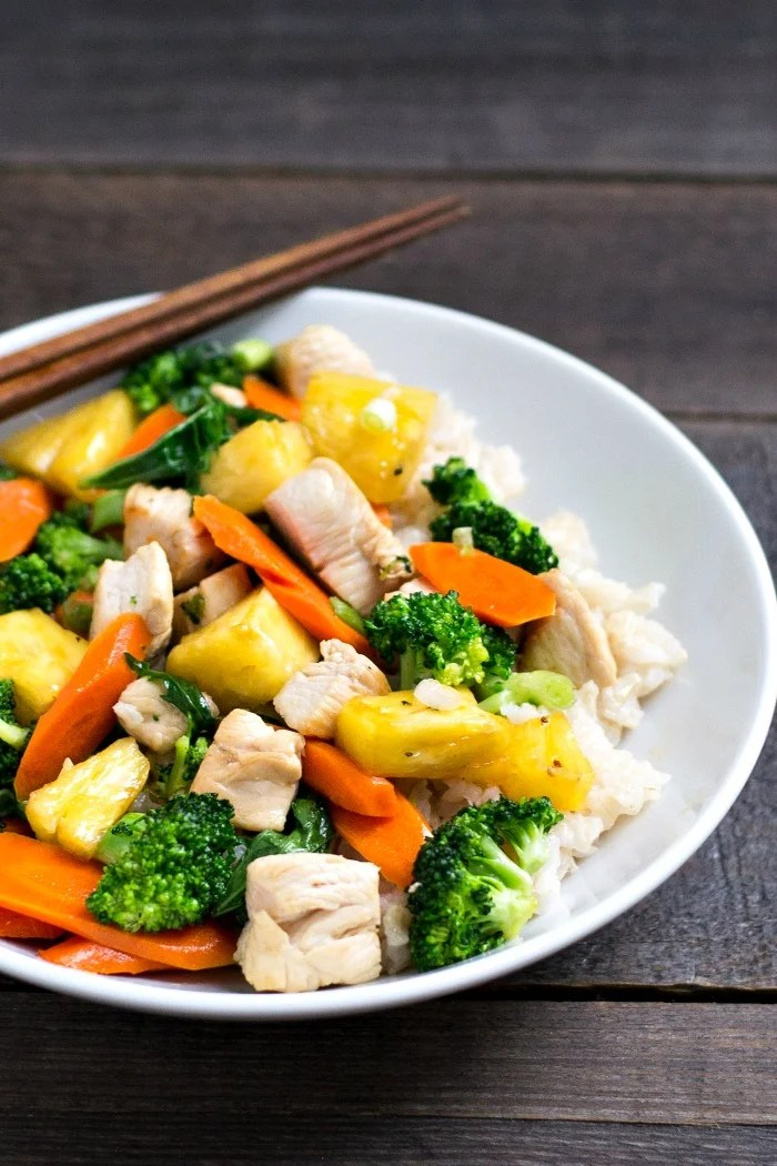 This chicken pineapple stir fry is a healthy dinner recipe that will help your family to eat their greens. You can prep the ingredients ahead of time, too. Recipe from realfoodrealdeals.com