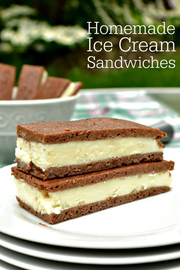 These homemade ice cream sandwiches are the perfect healthy dessert for summer. Try this recipe for a healthy alternative to packaged ice cream sandwiches.