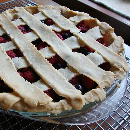 berry lemon verbena pie 2 rfrd