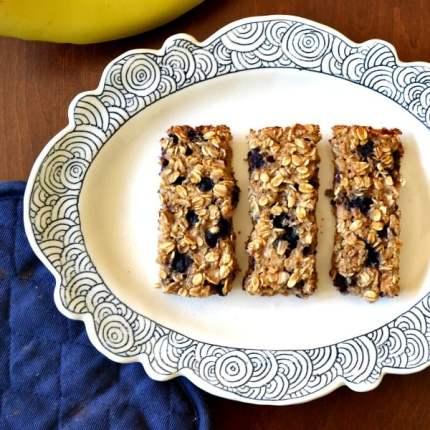 blueberry banana oat bars