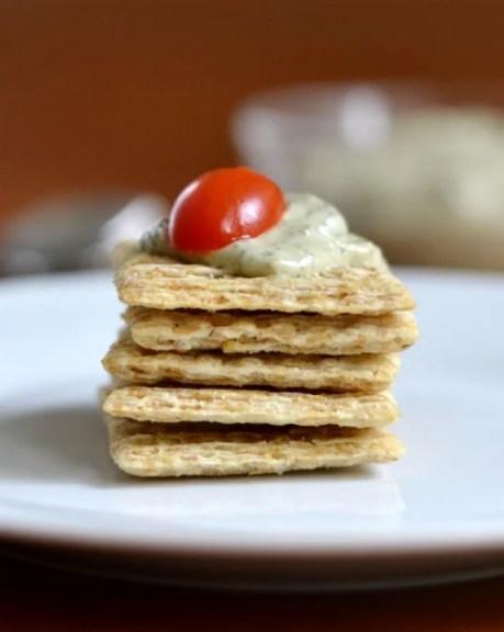 pesto cream cheese spread on crackers rfrd