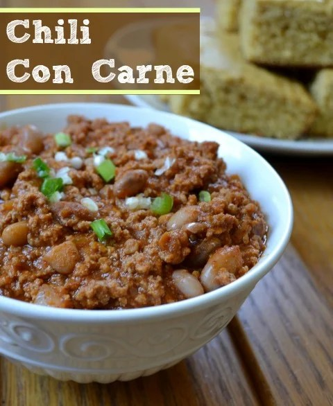 Chili con carne is hearty comfort food at its best. This healthy recipe is a great dinner for a cold night. Serve it to a crowd watching the Super Bowl!
