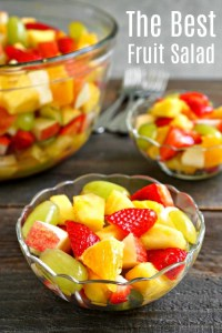 Follow these five basic tips to make a healthy, delicious pineapple fruit salad.