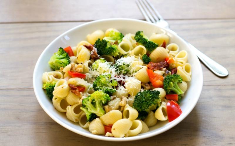 Lemon Broccoli Pasta
