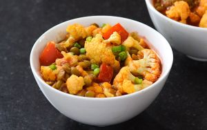 Cauliflower curry in a bowl