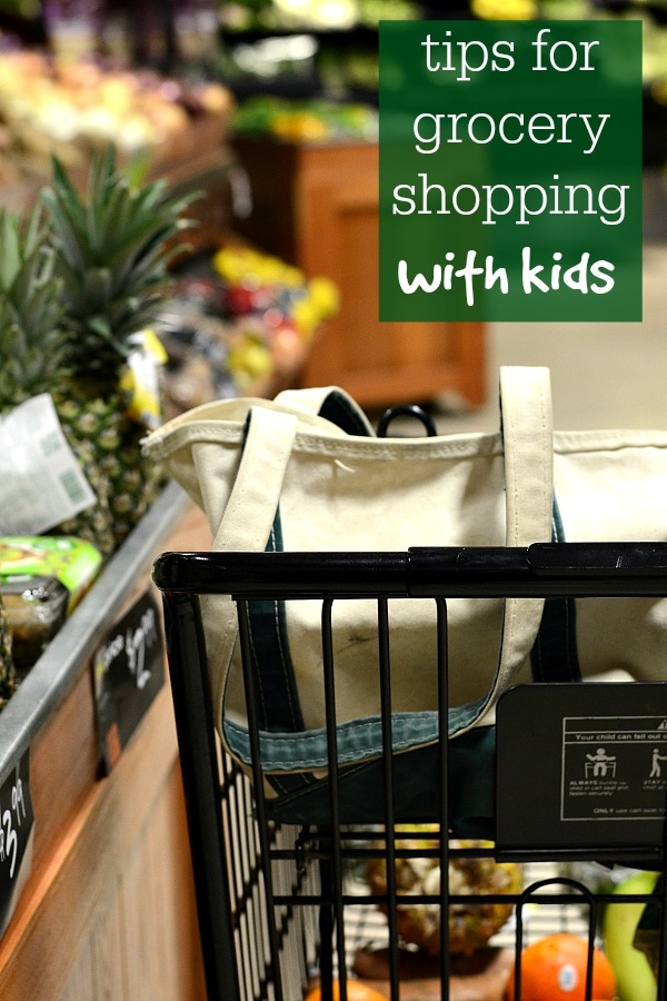 Grocery shopping with kids doesn't have to be a dreaded chore if you follow these simple tips to keep everyone happy.