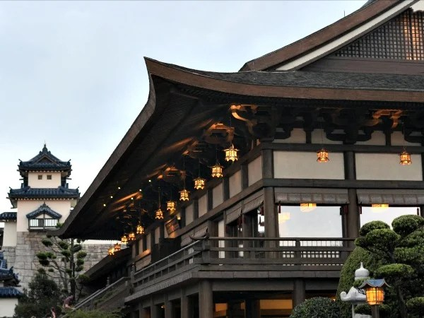 Teppan Edo is one of my favorite healthy Epcot restaurants.
