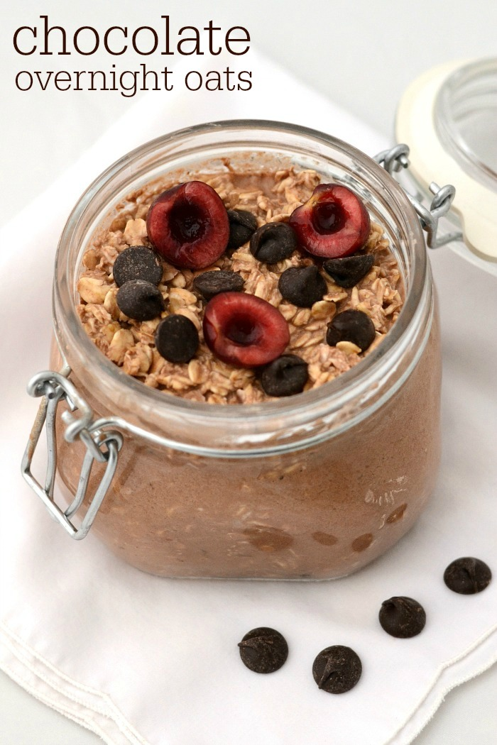 Chocolate for breakfast? Sign me up! This healthy chocolate overnight oats recipe is such an easy, quick breakfast to make for a busy morning.