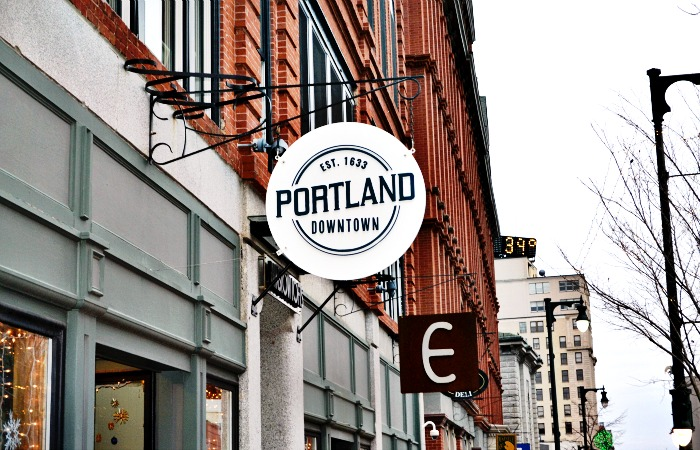 There are so many fun shops in Portland, Maine! Perfect for a holiday shopping trip.