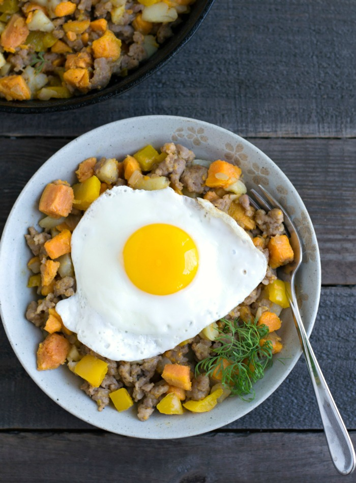 Delicious sweet potato hash recipe from Real Food Real Deals. Great for a healthy breakfast, lunch, or dinner!