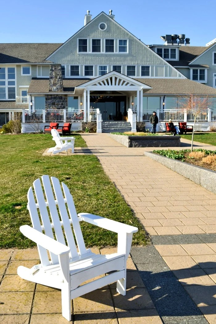 The Inn by the Sea in Cape Elizabeth, Maine is a great destination for family travel. The Inn's restaurant features locally sourced food and an unbeatable view of the ocean.