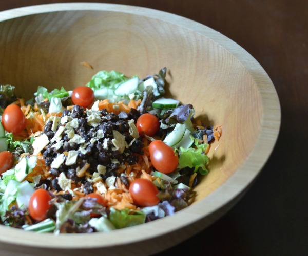 This classic taco salad is a healthy, frugal dinner recipe!
