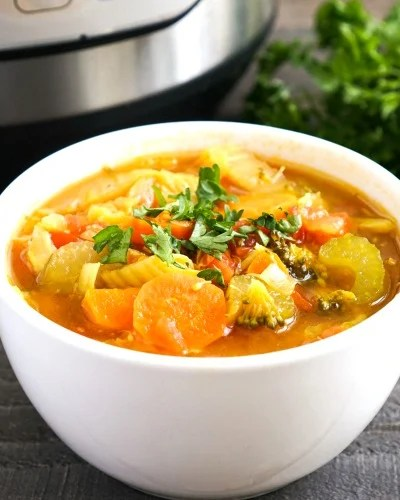 Instant Pot Detox Vegetable Soup