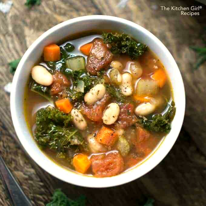 Instant Pot vegan Tuscan white bean soup