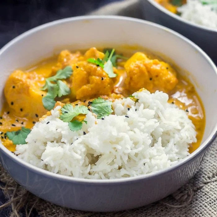 Creamy cauliflower curry recipe for the Instant Pot