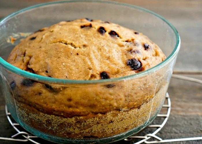 Glass Pyrex containers work well for baking banana bread in the Instant Pot.
