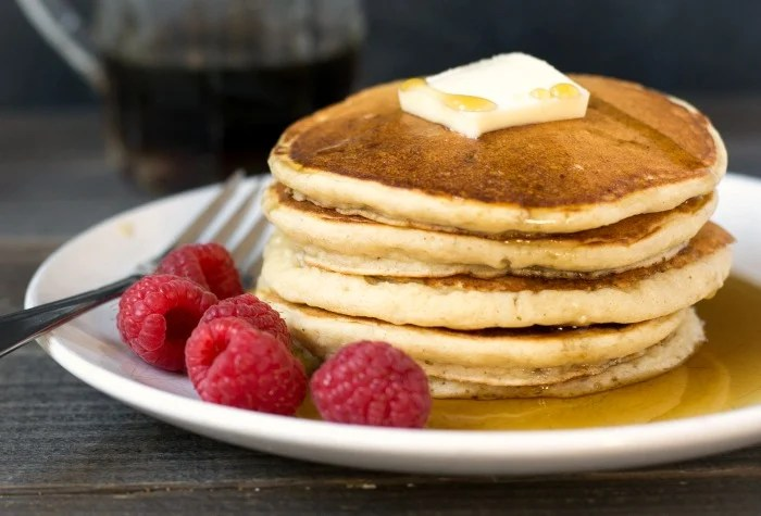 These gingerbread pancakes are delicious served with raspberries and pure maple syrup.