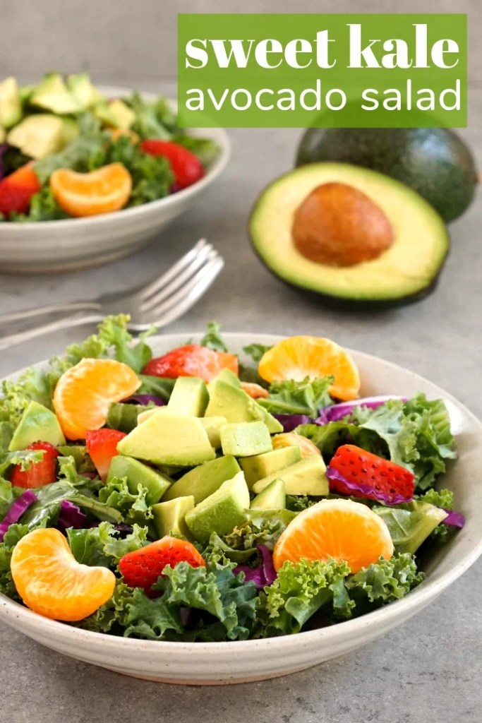 This kale avocado salad is so delicious and colorful.