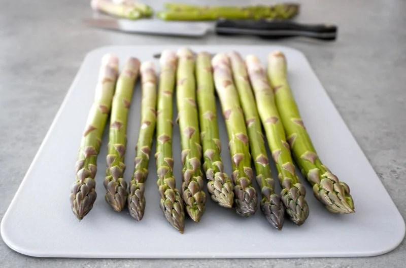 Asparagus on a cutting board
