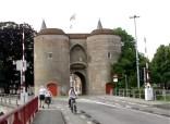 bridge to old town brugge