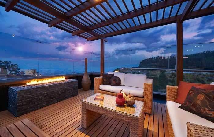 Spectacular Decks