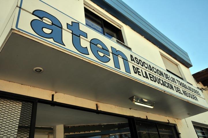 El gremio docente ATEN convocó a un paro virtual hasta este viernes 25 inclusive