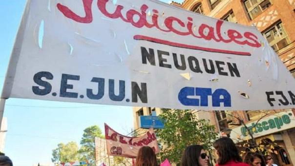 El Colegio de Abogados rechaza las medidas de fuerza promovidas por el Sindicato de Empleados Judiciales de Neuquén