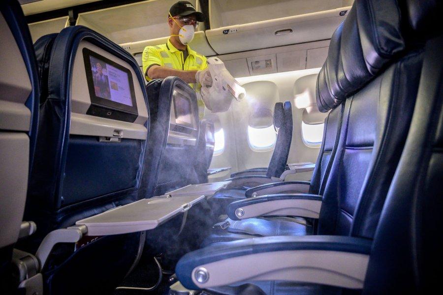 El gobierno nacional ratificó la continuidad de los vuelos de cabotaje, aunque con un seguimiento de los pasajeros