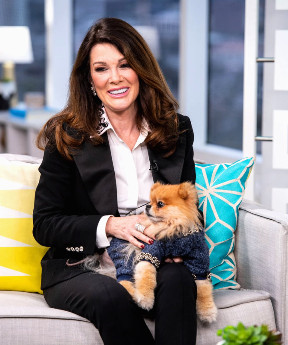 """Lisa Vanderpump Is """"Fed Up"""" with RHOBH Cast Targeting Her & Refusing to Discuss Their Own Issues, Reveals Who She Still Talks To"""