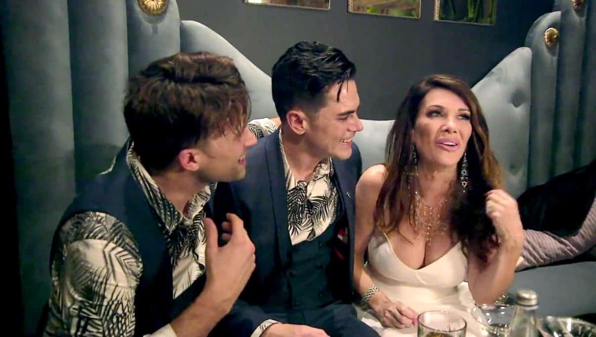 Vanderpump Rules Recap Lisa Gets Drunk at Opening of TomTom