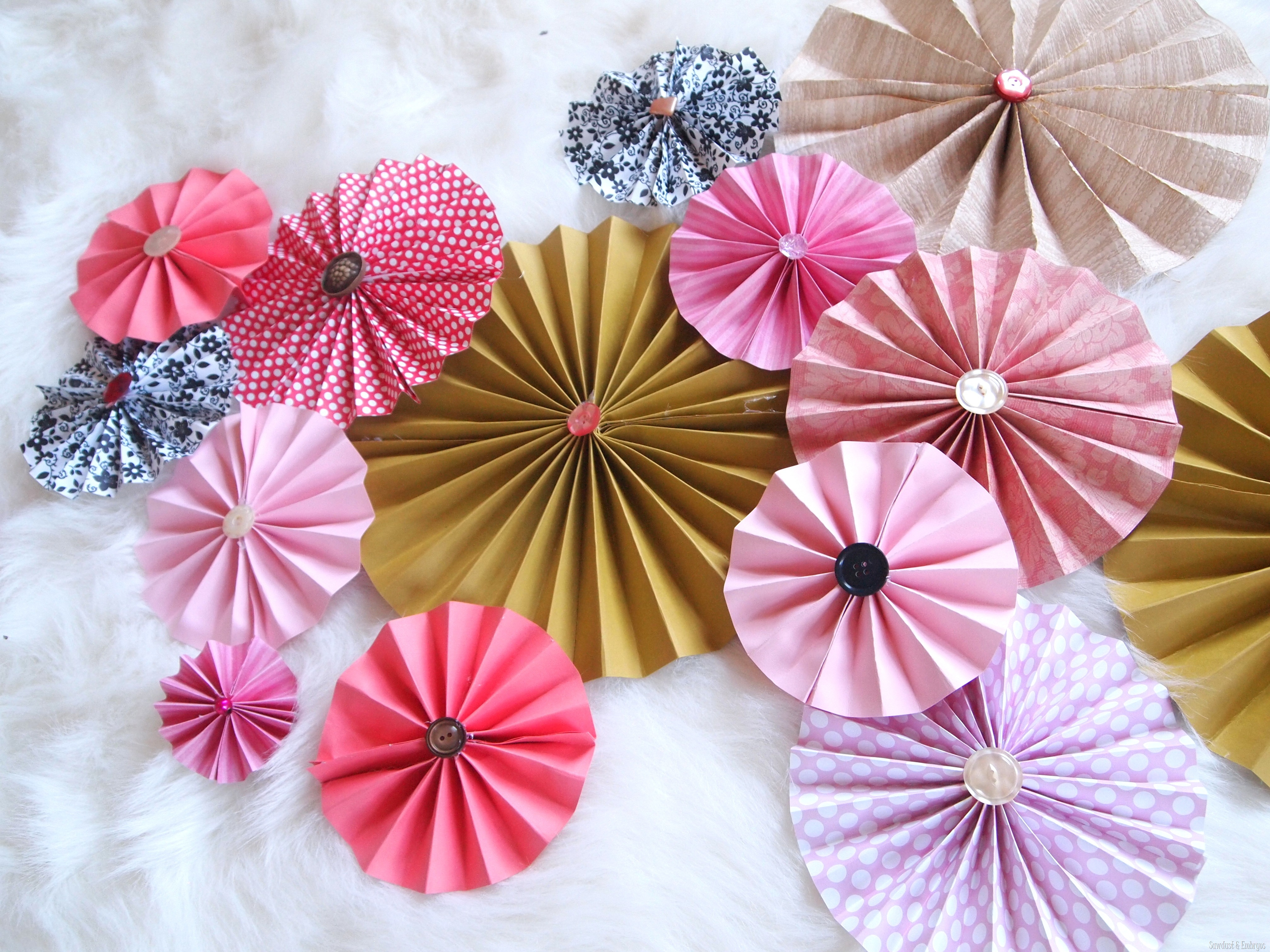DIY Paper Pinwheel Wall Collage Tutorial  Reality Daydream