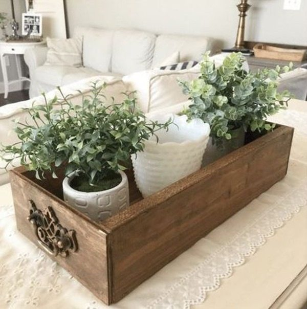 Easy building project - Centerpiece Drawer Wooden Box {Brown Dog Vintage}
