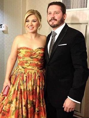 American Idol 2013 Kelly Clarkson Planning For Fall Wedding Reality Rewind