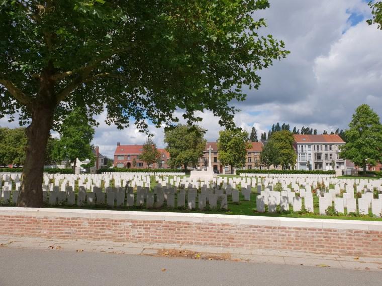 Ypres, Reservoir Cemetery
