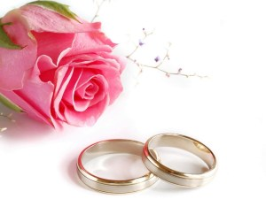 1098-weddings-rings-and-roses-free-ipad-hd-wallpaper_1024x1024