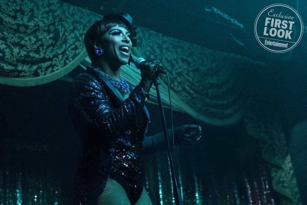 10 Reasons You Need to See A Star Is Born Really Into This Blog Entertainment Weekly Shangela William Drag Queens