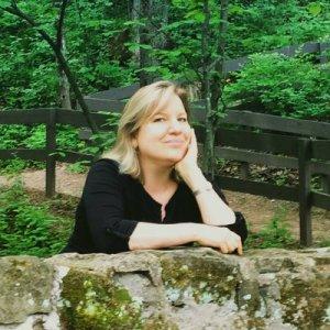 Book Review: Good Man, Dalton by Karen McQuestion Author Bio Twitter