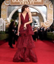 Queen Zendaya yes girl you look back at it. Nothing to say her because she always puts it down
