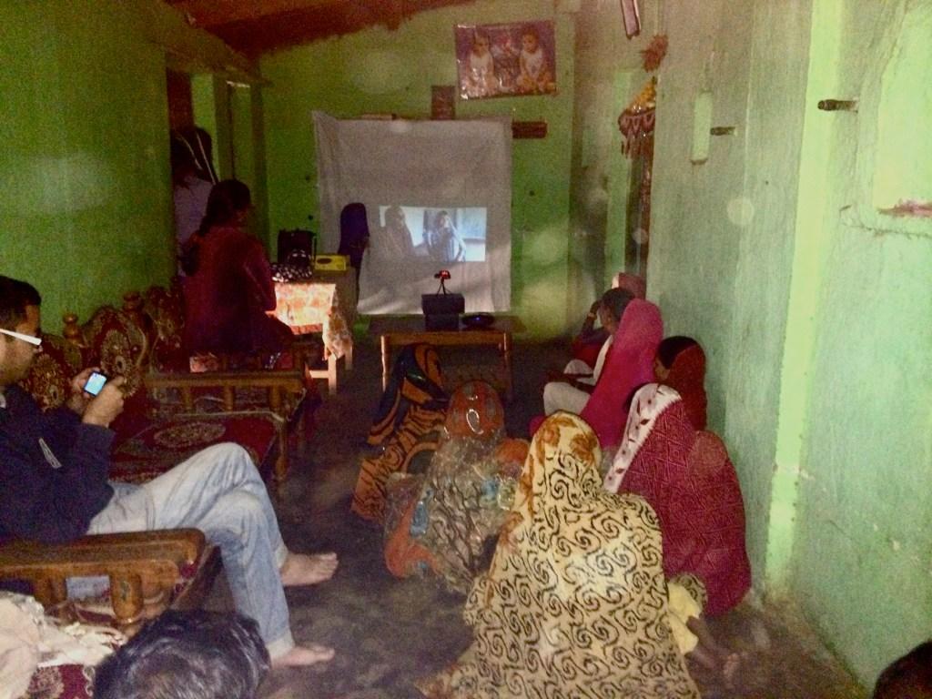 Mothers Attend Screenings in Khandwa