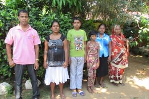 Project beneficiaries with Nishantha: Nishantha, Tharindu's wife, Gayan, Madumekala, Madura's mother, and Fazeer's aunt