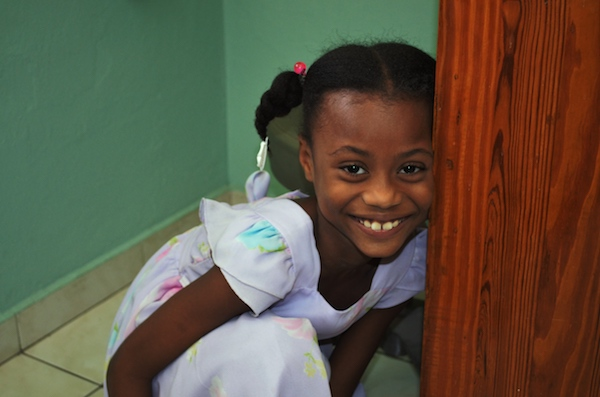 young girl in haiti with leg deformities