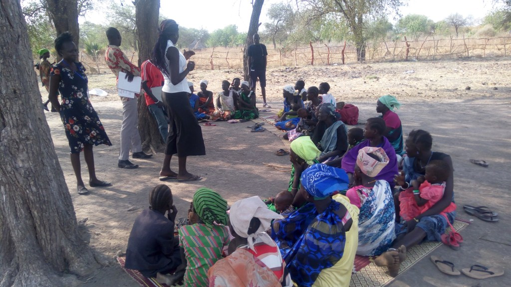 AF South Sudan MTP Q3 2019 RMFs MIYCN counsellor conducting group counselling on clinic visit days