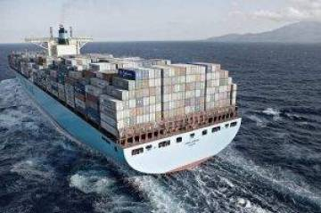 Maersk-min-300x199 10 Names of largest shipping companies in the world, A.P. Moller-Maersk Group, Mediterranean Shipping Company, CMA CGM Group, COSCO Shipping Co. Ltd, Hapag-Lloyd, Evergreen Marine Corp, OOCL, Yang Ming Marine Transport Corp, MOL, NYK Line