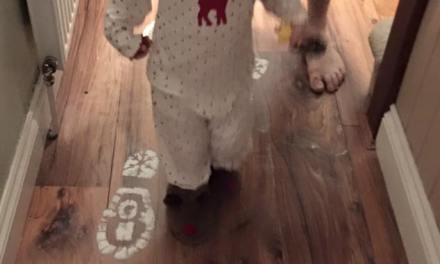 Santa's Footprints – FREE PRINTABLE