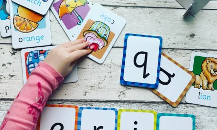 REVIEW – Orchard Games Alphabet Flashcards