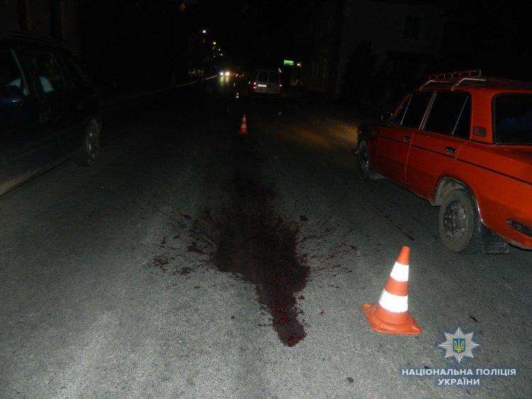 В Івано-Франківській області пішохід опинився під колесами мікроавтобуса