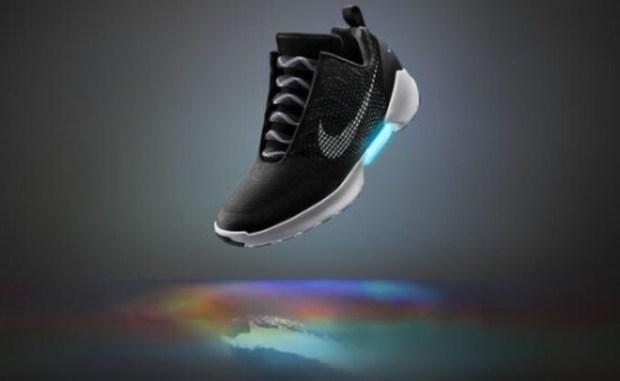 Nike выпустила кроссовки — как в фильме Назад в будущее в продажу