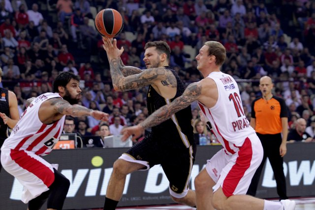 Olympiacos Piraeus v AX Armani Exchange Olimpia Milan - Turkish Airlines EuroLeague