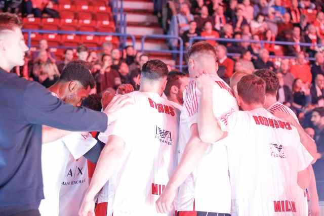 Olimpia Milano vs Stella Rossa LIVEBLOG | I tifosi: Nedovic di seta, ma la panchina non c'è